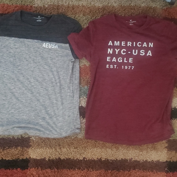 American Eagle Outfitters Other - 2LOT AE TSHIRTS SIZE LARGE